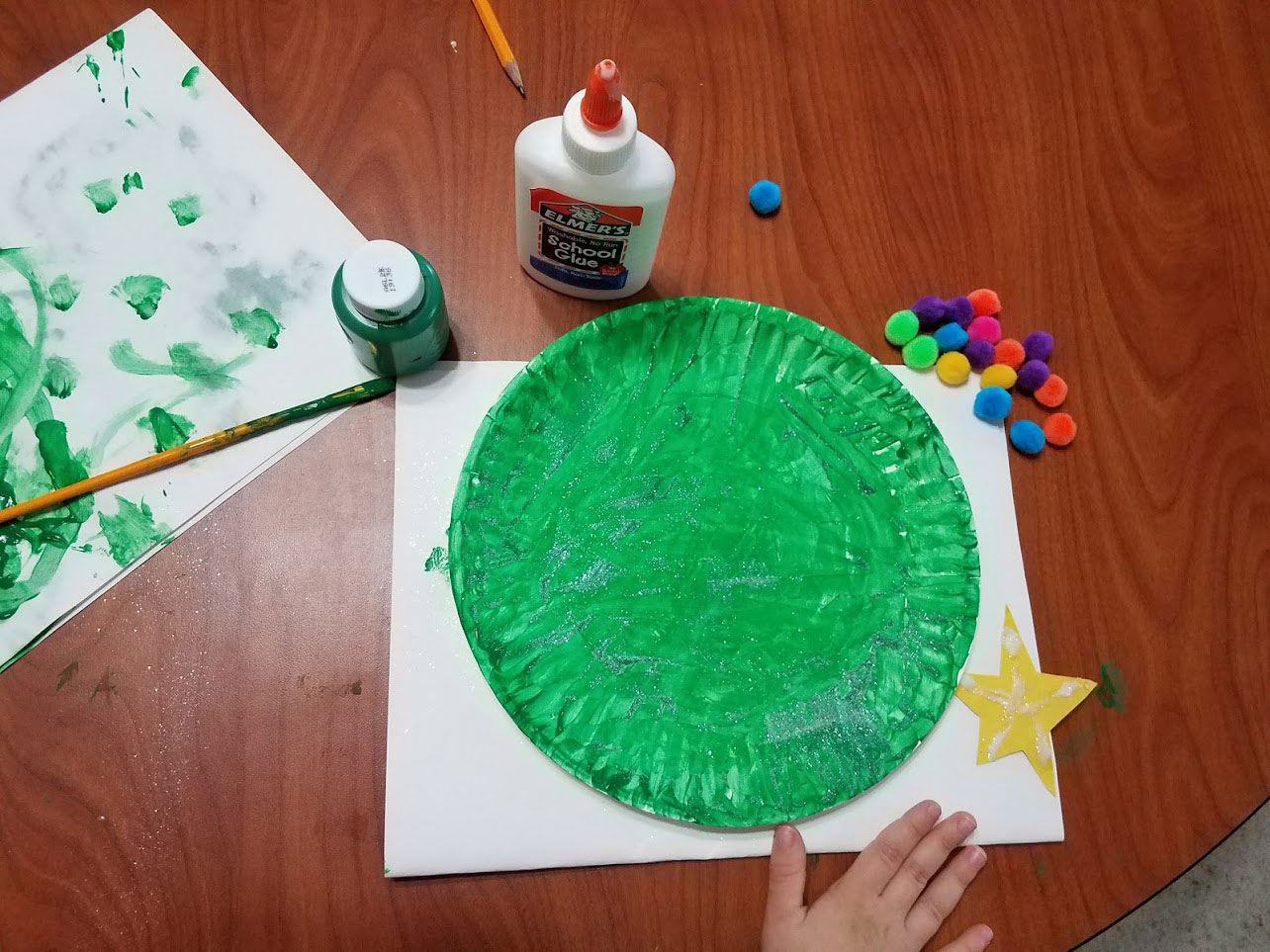 paper plate Christmas tree ornament craft